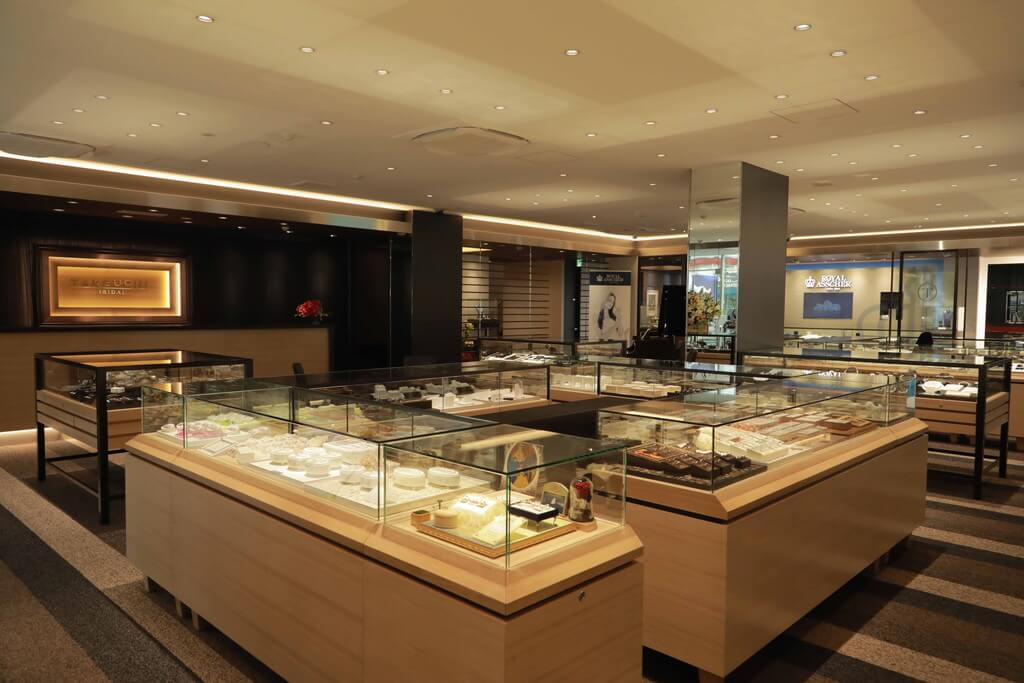 TAKEUCHI BRIDAL 富山インター・二口町店:店舗写真
